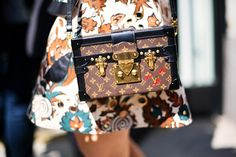 El accesorio de moda: el Petite Malle, de Louis Vuitton