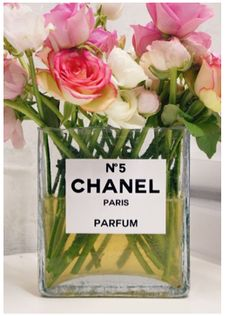 flowers, paris and Chanel, perfect combination!