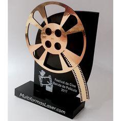 Trofeos @multiformaslaser multiformas3d@gmail.com #trabajopersonalizado #trofeos #premiaciones #campeon #campeonato #festival #evento #competencia #premios