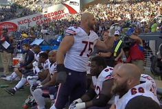 Photo shows Kyle Long didn't take kindly to Seahawks fans' taunting - http://chicago.suntimes.com/bears-football/7/71/994505/kyle-long-responds-seattle-seahawks-fans-taunting