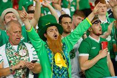 Italy Republic of Ireland: Robbie Brady scores dramatic winner Republic Of Ireland, Football Fans, Scores, Victorious, Italy, Italia