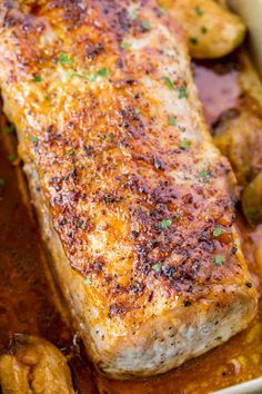 Ultimate Garlic Pork Loin Roast made with just five ingredients, it is easy enough for a weeknight meal and fancy enough for your holiday dinner parties! Ultimate Garlic Pork Loin Roast Want to make a Boneless Pork Sirloin Roast, Boneless Pork Loin Recipes, Baked Pork Loin, Pork Roast Recipes, Roasted Pork Tenderloins, Pork Tenderloin Recipes, Pork Loin Roast Recipe Oven, Pork Chops, Pork Lion Roast