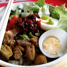 Let the food dance in your mouth! Asian Foods, Asian Recipes, Ethnic Recipes, Ramen, Noodles, Beef, Chicken, Macaroni, Meat