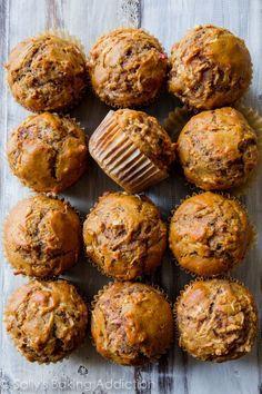 Healthy, simple, AMAZING whole wheat apple cinnamon muffins with zero refined sugar. Find this easy muffin recipe on sallysbakingaddic...