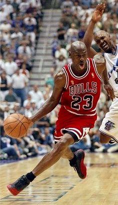 I Love Basketball, Michael Jordan Basketball, Basketball Legends, Basketball Players, Nba Players, Michael Jordan Pictures, Michael Jordan Photos, Best Of Michael Jordan, Michael Jordan Tongue