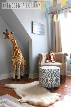 that giraffe!