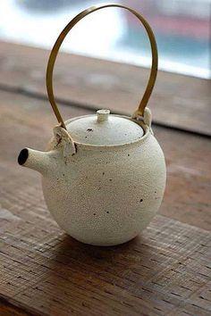 ceramics coffin nails for sale - Coffin Nails Pottery Teapots, Ceramic Teapots, Ceramic Pottery, Ceramic Art, Japanese Ceramics, Japanese Pottery, Earthenware, Stoneware, Mug Design
