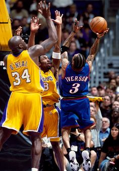Shaq and Kobe Bryant Dear Basketball, Basketball Legends, Sports Basketball, Basketball Players, College Basketball, Bryant Basketball, Kentucky Basketball, Basketball Leagues, Kentucky Wildcats