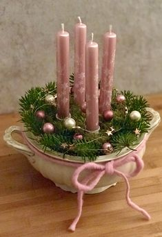 DIY advent wreath in country style advent wreath DIY country style DIY advent wreath in country style – Adventskranz DIY Landhausstil advent country DIY diycandles diydecorations diykitchen style wreath Hanging Mason Jars, Rustic Mason Jars, Des Fleurs Pour Algernon, Couronne Diy, Painting Glass Jars, Christmas Diy, Christmas Decorations, Homemade Christmas, Christmas Stockings