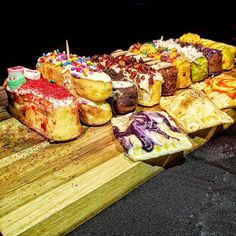 WEBSTA @ omgitsbomb - 🤔 What position were these #Cakies overqualified for? Hostess. 🙃🤣😂 @jaenyceats Lots of amazing news to share with you! These artisanal Twinkie-inspired cakes debuted @midnightmarketjc last night with a surprise addition #Tarties, a Pop-tart inspired pastry! Plus, they'll be returning for another amazing @omgdessertgoals, be @qnscollective's After Dinner Party Feb.24 and celebrating their one year anniversary soon! 🎉 #CakiesLove #OMGitsbomb #bombdotcom