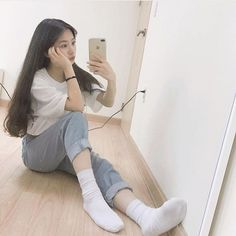 Lấy = follow #Anh Korean Girl Fashion, Korean Street Fashion, Asian Fashion, Ulzzang Short Hair, Ulzzang Korean Girl, Beautiful Japanese Girl, Beautiful Asian Girls, Girl Korea, Sexy Socks