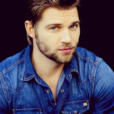 Mike Vogel...could he be any cuter. Sigh
