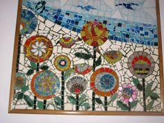 cuadro realizado en cerámicas y material de  bijou 77 cm x 75 cmm  autor: claudia lara