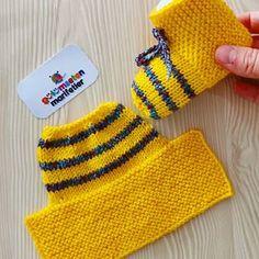 Gulumsetenmarifetlerpatik - Her Crochet Knit Slippers Free Pattern, Baby Booties Knitting Pattern, Crochet Slipper Pattern, Knitted Baby Cardigan, Knitted Baby Clothes, Baby Hats Knitting, Crochet Baby Shoes, Knitted Slippers, Crochet Baby Booties