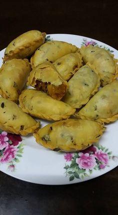 Cara-Cara Buat Kulit Karipap Daun Sup. Mee Rebus, Resep Cake, Food And Drink, Potatoes, Cookies, Vegetables, Recipes, Crack Crackers, Potato