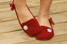 Crochet Pattern for a Womens House Slipper - Lovely Lady Loafers - six sizes included