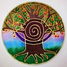 Made To Order * The Tree van overvloed is gemaakt met het Heilige Hebreeuwse symbool de Shefa. Dit heilig symbool is het symbool van overvloed in zijn hoogste vorm - als een goddelijke beginsel van de stroom tussen maker aan zijn verwezenlijking. De boom leert ons dat er is overvloed in alles, zolang we zijn met onze bron verbonden. Ik heb geschilderd deze mandala in groene, rode en paarse, de kleuren van overvloed, op een 10 inch zijden overdekte draad hoepel, met zijde verven en goud…