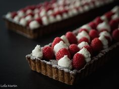 Tarte de Linz ou Linzertorte framboises fraîches et chantilly mascarpone vanille Raspberry, Desserts, Raspberries, Strawberry Fruit, Vanilla, Chantilly Cream, Tailgate Desserts, Deserts, Dessert