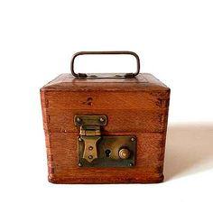 古い木のスタンプBOX http://dormitorica.com/?pid=94252569