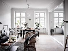 Dining room Scandinavian - Roomed