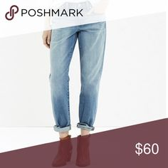 "Madewell Boyjean Madewell Boyjean in Afternoon Wash. Size 27. These run large and are meant to be oversized.  9"" rise and 28"" inseam. Madewell Jeans Boyfriend"