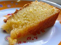 Varomeando: Bizcocho de yogur con sabor a limón Magic Cake Recipes, Portuguese Desserts, Food Wishes, Gourmet Desserts, Pie Dessert, Desert Recipes, Other Recipes, What To Cook, How To Make Cake