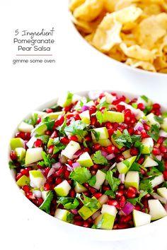 5-Ingredient Pear Pomegranate Salsa #salsa #pomegranatesalsa