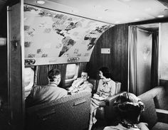A lounge compartment on an airliner, designed by Henry Dreyfuss, date unknown. (Photo by Orlando /Three Lions/Getty Images)