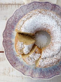 The most perfect and fluffy coffee cake Confort Food, Plain Cake, Portuguese Recipes, Coffee Cake, Cake Cookies, Cake Recipes, Sweet Treats, Deserts, Food And Drink