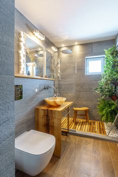 Everyone loves this simple small bathroom/shower room/toilet/ remodelling design. Small Bathroom Diy, Renovations, Restroom Decor, Tropical Bathroom Decor, Bathroom Decor, Small Bathroom Remodel, Bathrooms Remodel, Remodel, Bathroom Design Small