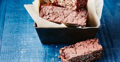 These easy gluten-free choc bars are packed with nutritious grains, seeds and raw cacao - they're the perfect afternoon bar to see you through to dinner without a slump.