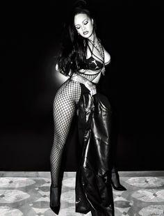Rihanna Video, Mode Rihanna, Rihanna Riri, Rihanna Style, Rihanna Outfits, Sexy Outfits, Rihanna Looks, Leder Outfits, Jolie Lingerie