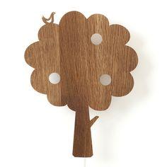 Applique enfant en bois plaqué chêne Arbre Ferm Living