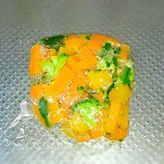 離乳食の仕込みは、本当にめんどいです。 野菜ミックスは、35g~40で10個に小分けしました。 - 6件のもぐもぐ - 離乳食 ストック用野菜ミックス by pranzo