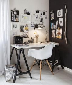 Lovely blend of black and white for the small home workspace - Decoist