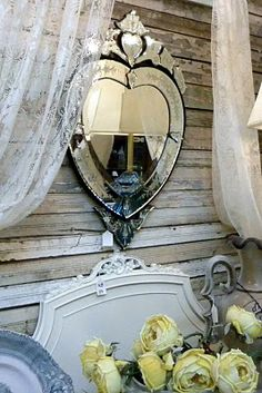 The Venetian heart mirror is gorgeous !