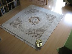 "This carpet measures 160x180 cm. I used the first 7 rounds of the ""Harmony"" pattern by Patricia Kristoffersen, then I turned it into an oval, and then into a rectangle. I used 1350 meters of cotton twine (5 mm thick) and a 9 mm crochet hook. More photos on my blog: http://magiccarpetstudio.blogspot.com/2017/10/z-owalizowane-i-sprostokatyzowane-koo.html"