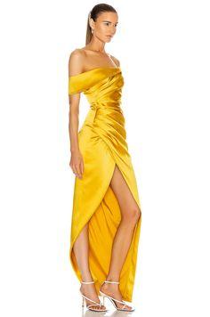 Drape Gowns, Draped Dress, Silk Dress, Satin Dresses, Bridal Dresses, Stilettos, Yellow Gown, Iconic Dresses, Plus Size Gowns