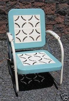 Perfect vintage lawn furniture.