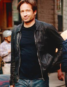 """David Duchovny, Natalie Zea, and Natascha McElhone film scenes for """"Californication"""" in the West Village, New York City. David has reportedly taken up the job of director and could be seen delegating before shooting scenes as his character Hank Moody. Hot Actors, Actors & Actresses, Gorgeous Men, Beautiful People, X Files, Hank Moody, David And Gillian, Chris Carter, Actor Headshots"""