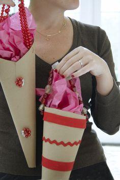 Valentines_Gift_Wrapping_Katie_Brown_Workshop