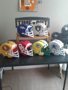 foto de tissue box cover pattern Chiefs Football Helmet Tissue Box Cover by jmspecialty on Etsy