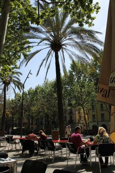 The Travelettes guide to Barcelonas barrios