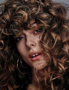 Photography: Sergi Pons @Magna Productions Styled by: Chabela Garcia Hair & Makeup: Victor Alvarez Model: Lone Praesto