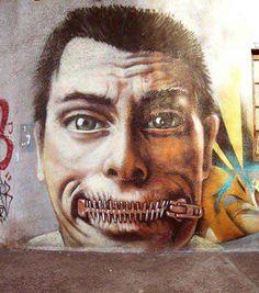 Censure quand tu nous la boucles... ! / Street art. / Street art. / By Grumo.