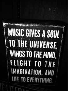Music and life vibration The Words, Great Quotes, Quotes To Live By, Inspirational Quotes, Awesome Quotes, I Love Music, Music Is Life, Amazing Music, Fancy Music