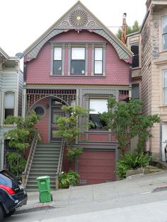 Queen Anne style by sftrajan, via Flickr.... San Francisco, CA