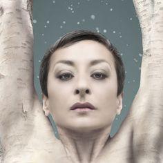 GEA / Mariola Fuentes / Detalle Tamaño: 96 x 200 cms Autor: Angel Pantoja Human Being, Fonts, Author
