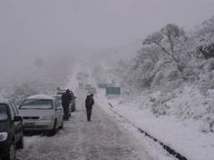 Nevada de agosto de 2010 em Santa Catarina. Por: Diego Soares.  O Sul do Brasil é a região mais fria do país, no entanto neve é raro, e o povo celebra quando acontece.