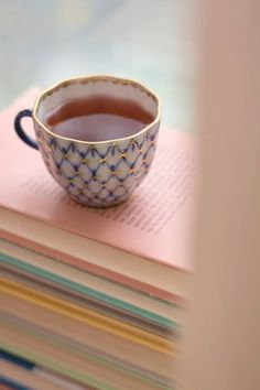 January tea & books… (via pinterest)